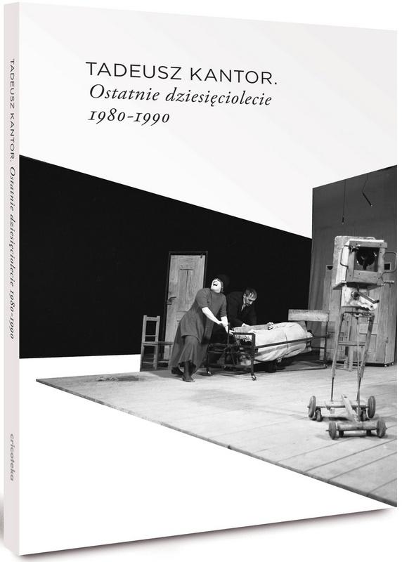 Czarno-biała okładka ze zdjęciem ze sztuki Kantora