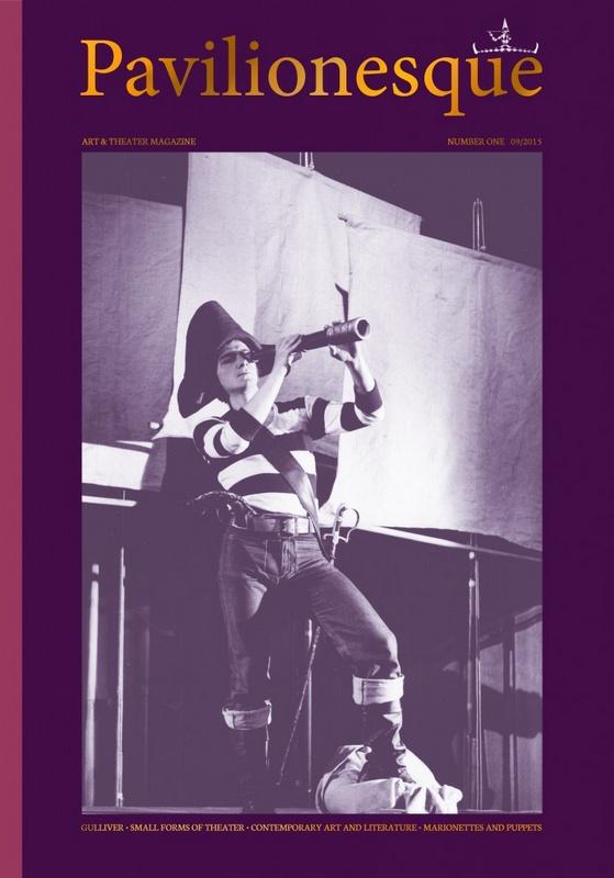 Okładka z mężczyzną w stroju pirata patrzący przez lunetę