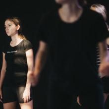 Uczestniczki warsztatów podczas tańca