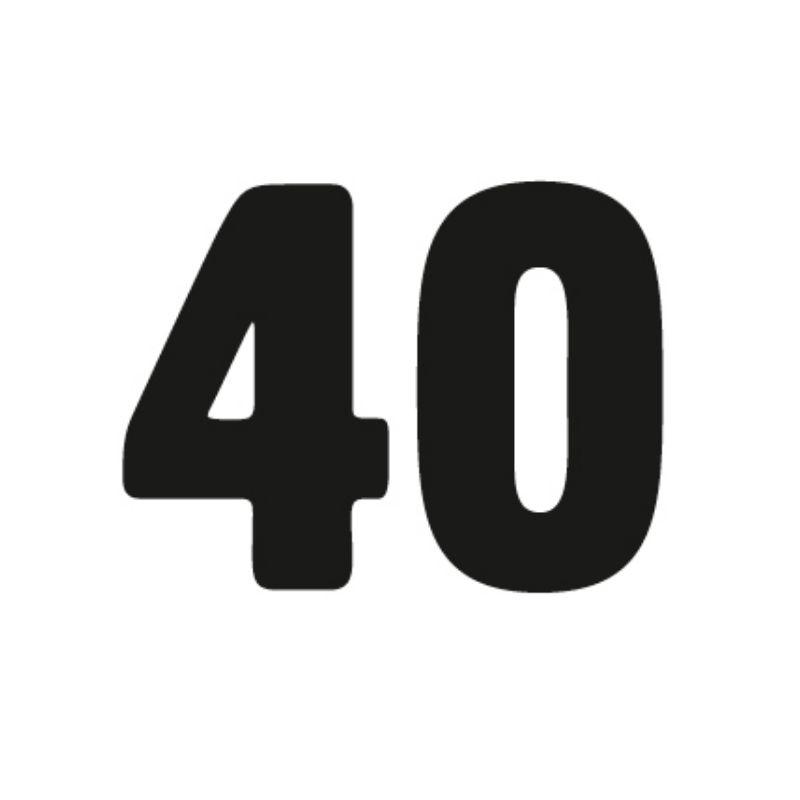 Grafika: czarna cyfra 40 na białym tle. Fragment jubileuszowego logo Cricoteki.